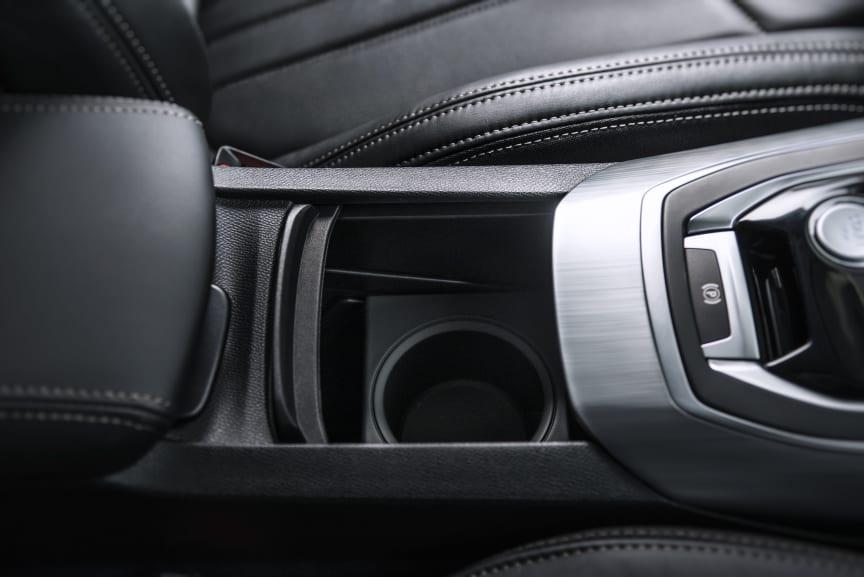 Mugghållare i nya Peugeot 308