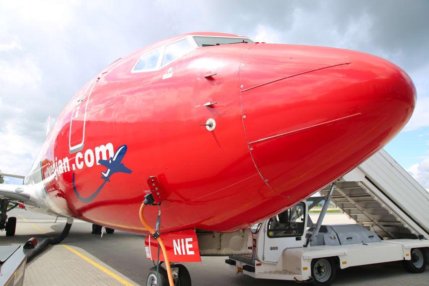 Morro de avion de Boeing 737 de Norwegian -'red nose'