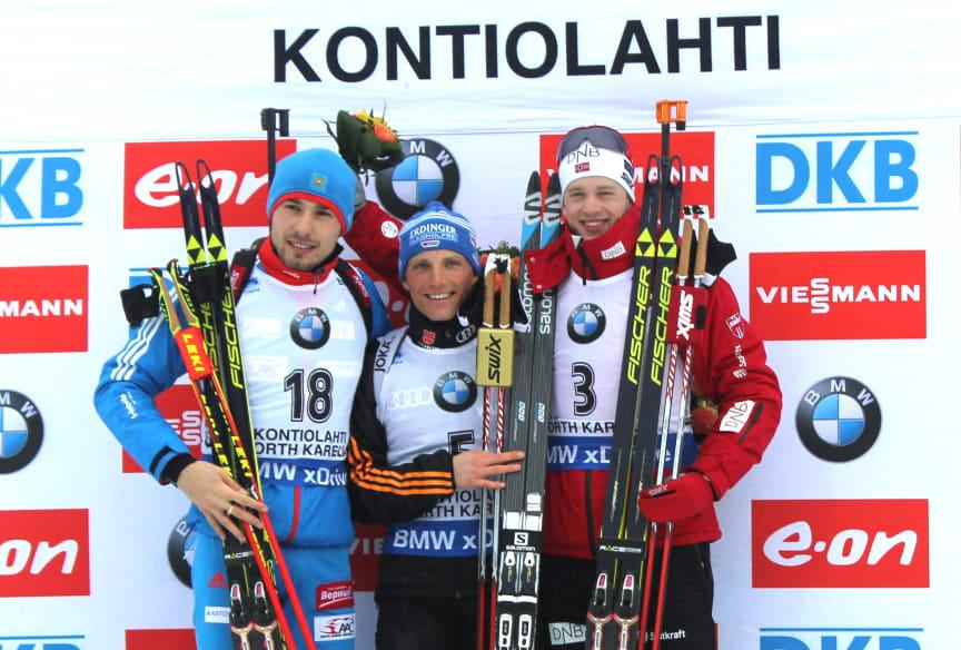 Tarjei Bø på pallen etter jaktstart, VM Kontiolahti 2015