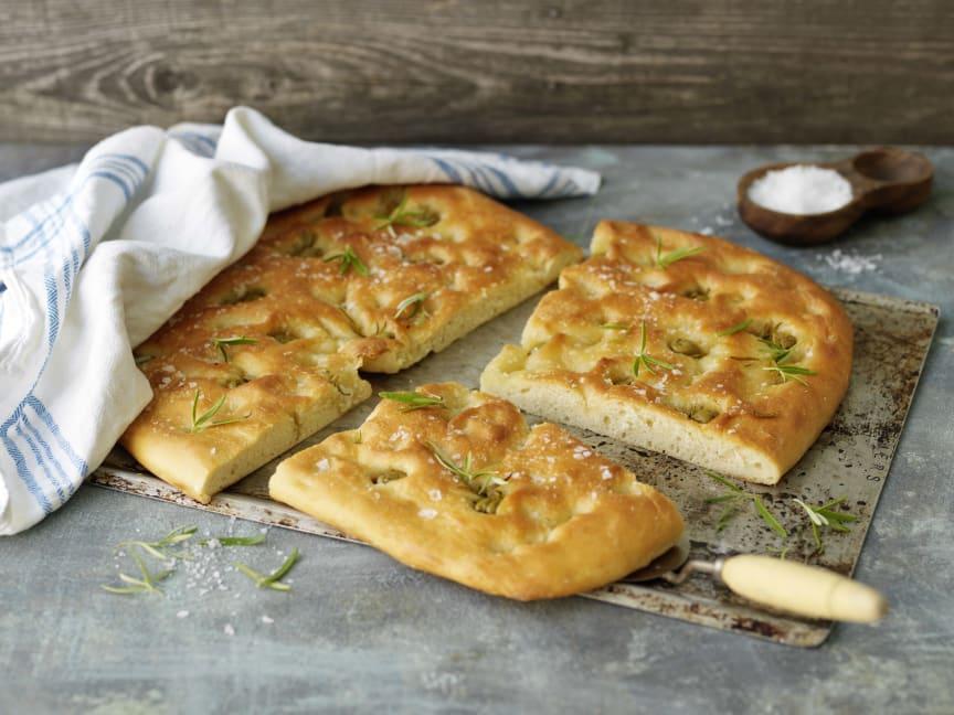 Focaccia med rosmarin och oliver