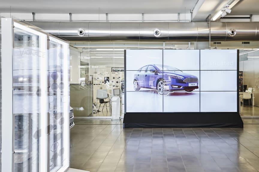FordStores inntar Norge