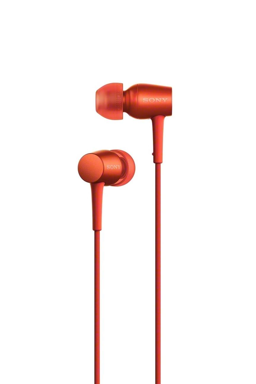 h.ear in_4