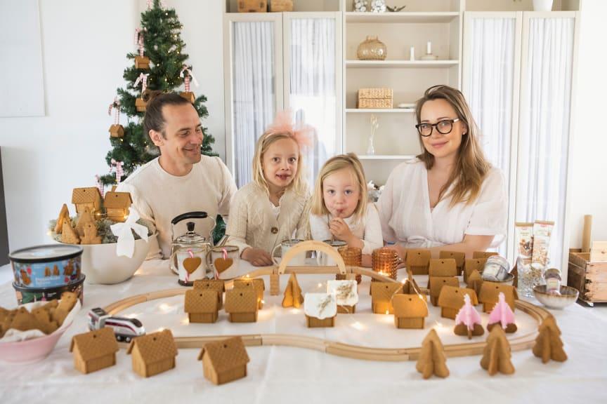 Familj bygger Pepparkakeland med Gille produkter