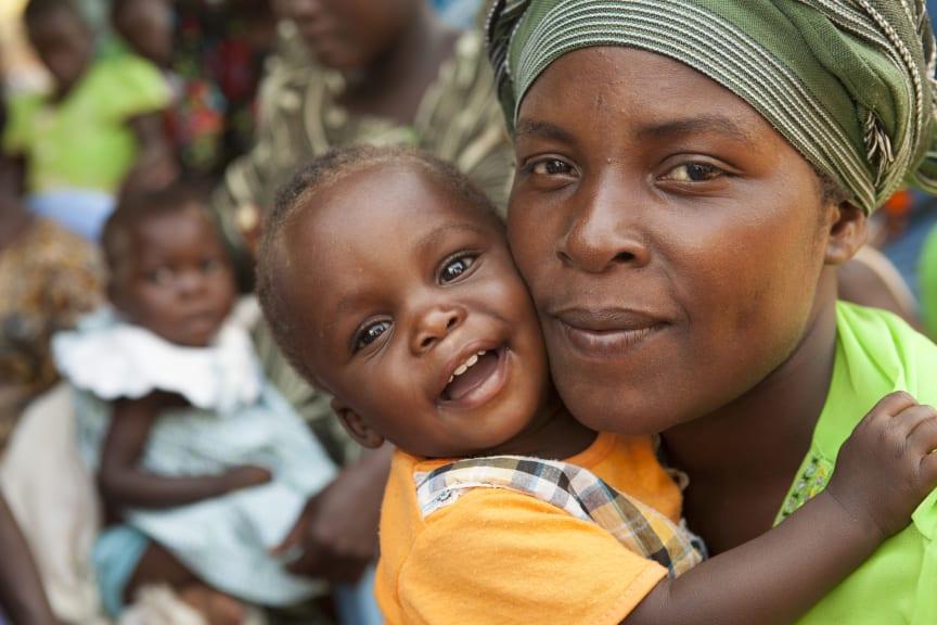 Beatrice Mondo från Uganda med sin dotter Tracey