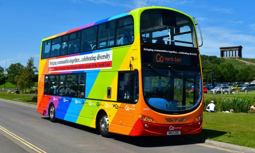 One Team GNE bus - 4