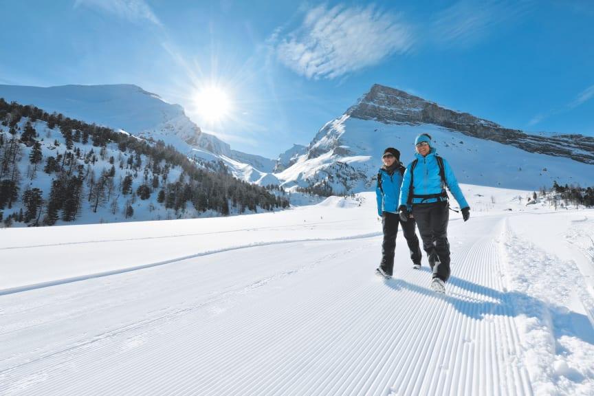 Winterwandern über den Gemmipass © Schweiz Tourismus Fotograf Christian Perret