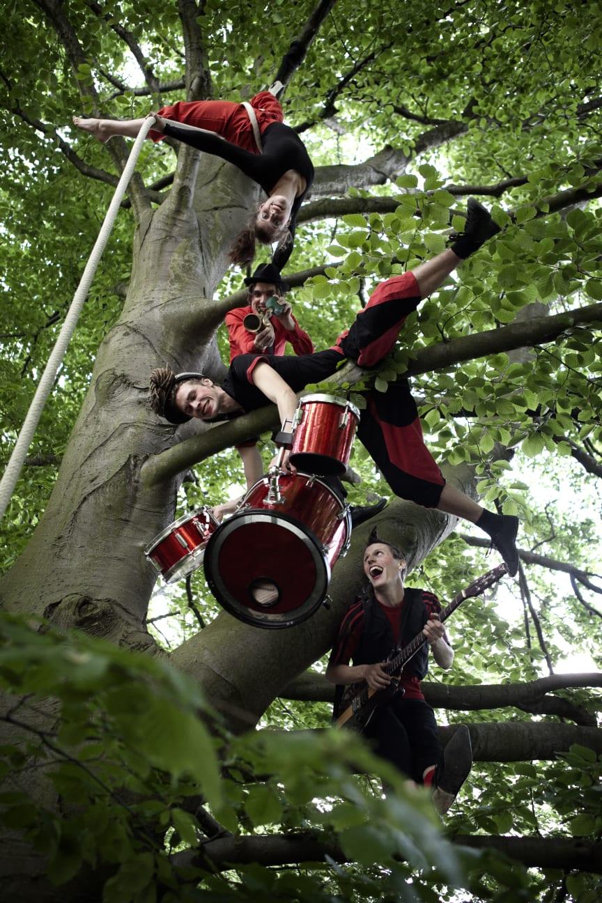 Cirkus Rabalder, Natur och kulturbussen 2011