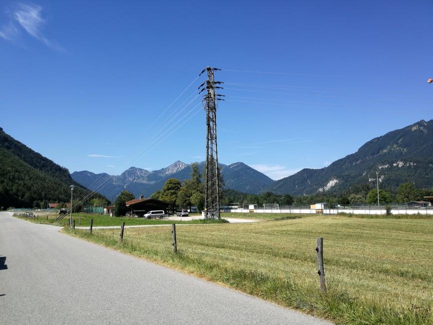 Abbau der Strommaste am Flughang am Balsberg hat begonnen.