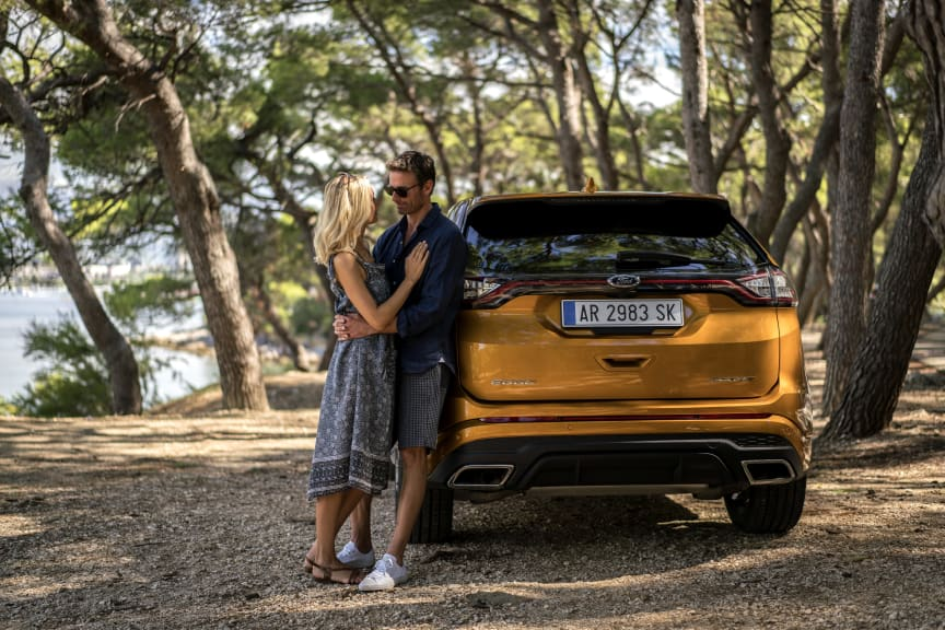 New Ford Edge - Le Fantome - Car and Cast 2