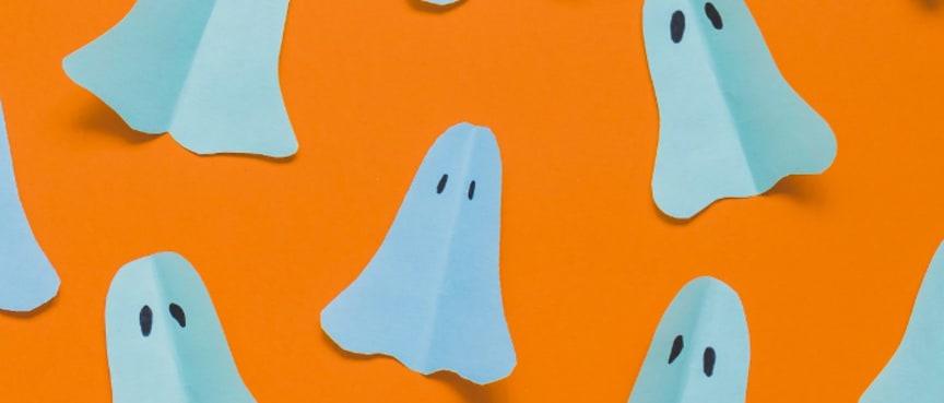 Halloween-spøgelser i papir