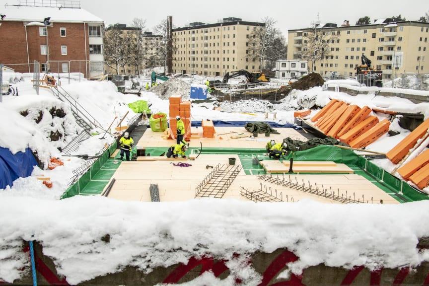 Bygget av Brf Skulpturparken i Sköndal.