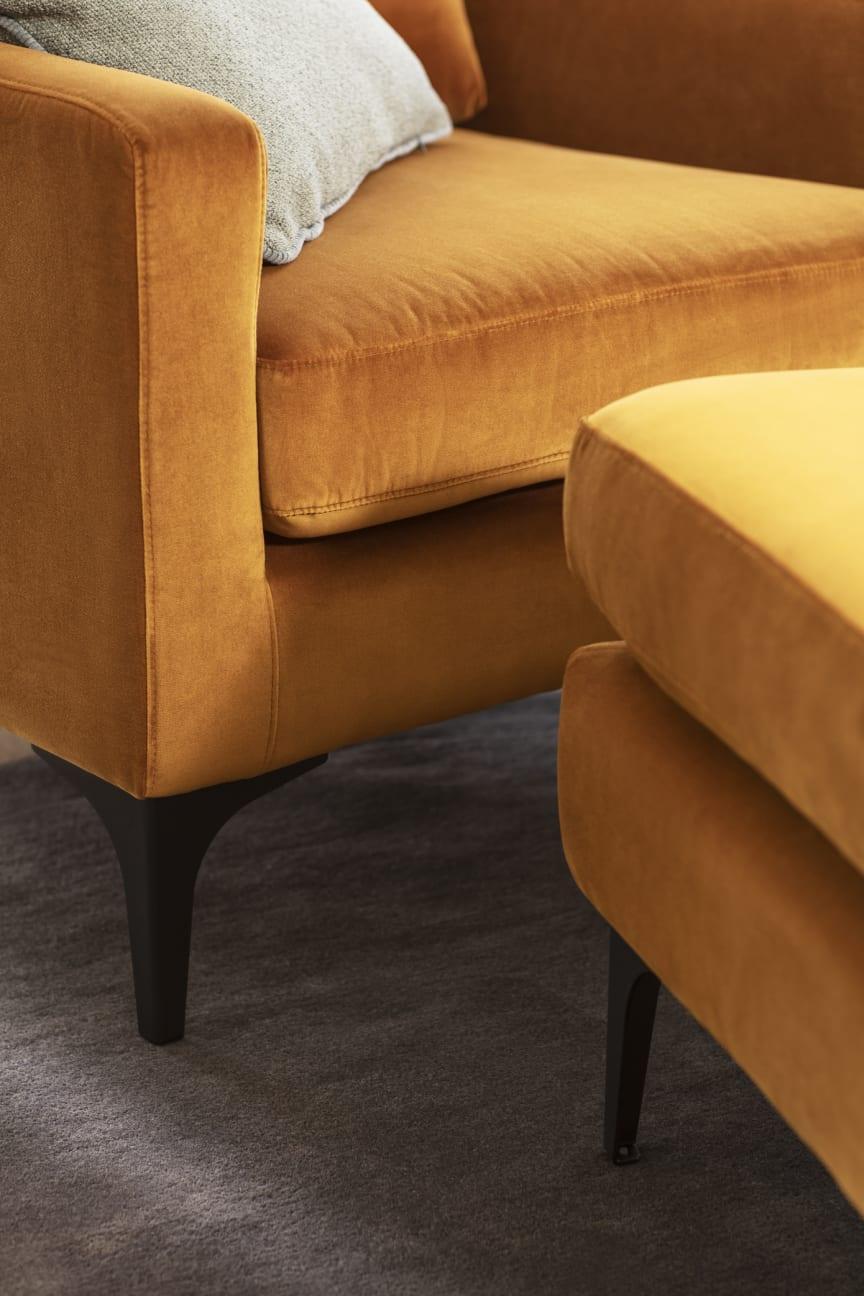 Astha Chair