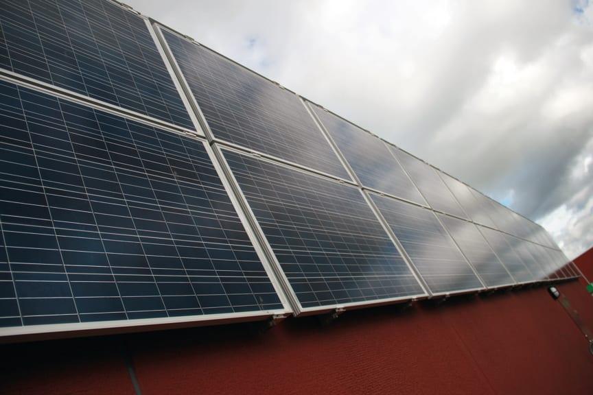 solel solpaneler solceller grön datorhall energismart