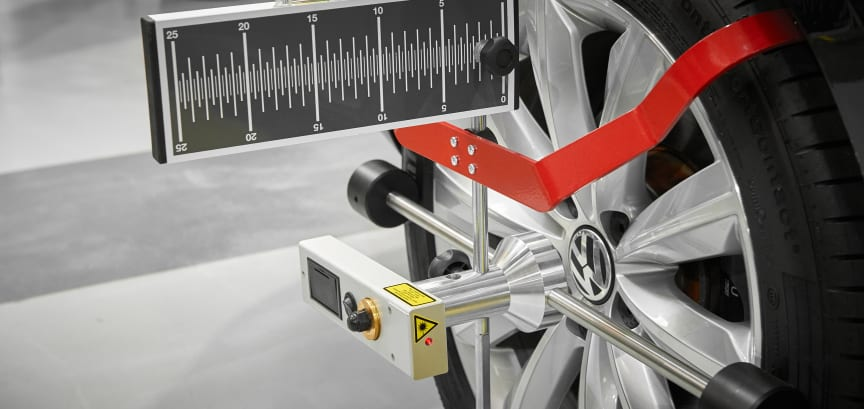 Wheel alignment as part of the ADAS calibration process