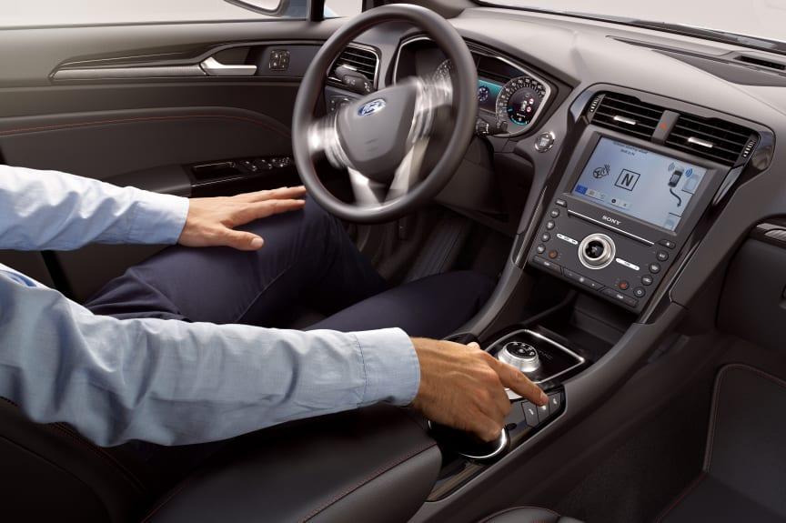 Ford Mondeo Hybrid stationcar