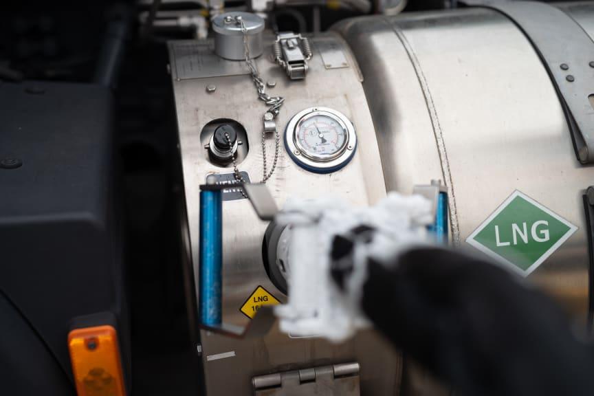 Betankung eines LNG-Lkw