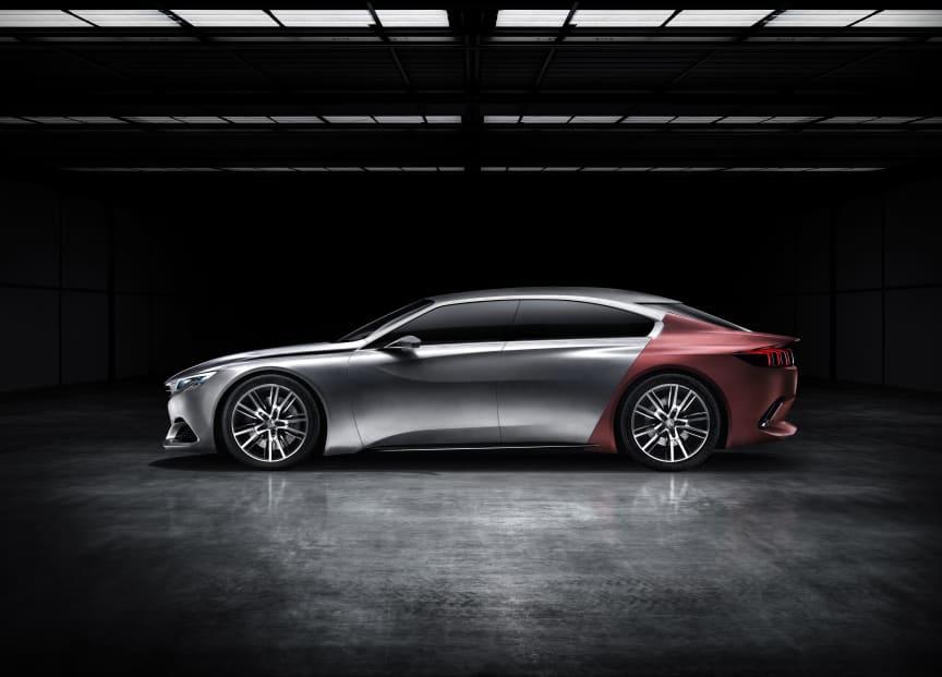 Peugeot Exalt konceptbil sida