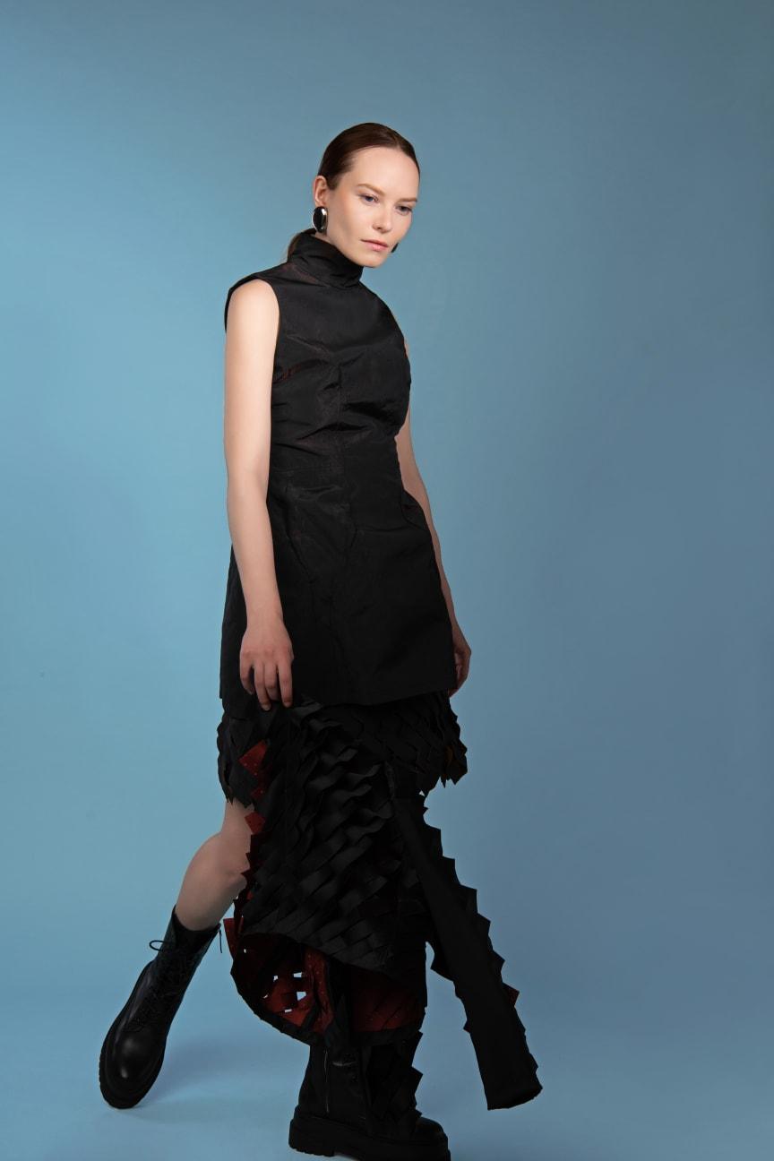 Outfit Weng Tzu Chun