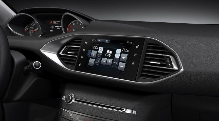 Nya Peugeot 308 med sin nyskapande instrumentpanel