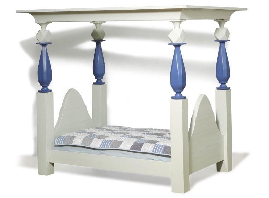 Poul Henningsen: Unique canopy bed