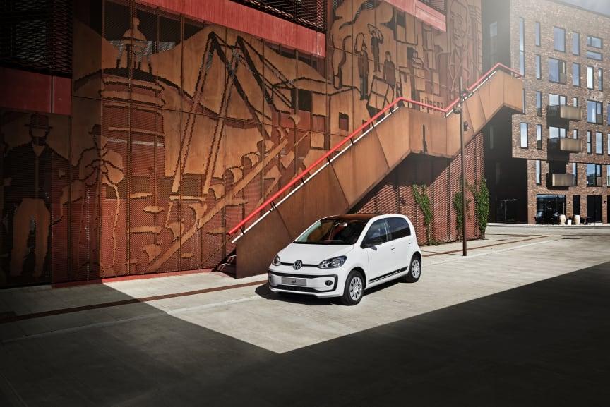 Volkswagen introducerer ny kampagnemodel: white design up!, der kan privatleases for 1.799 kr./md