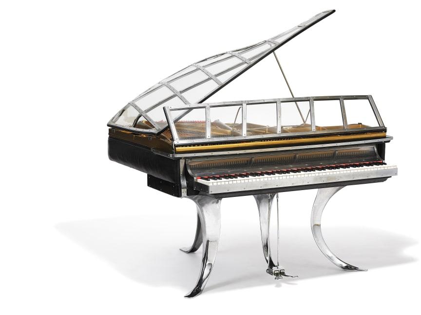 "Poul Henningsen: ""PH Grand Piano"". Sold for: DKK 2,450,000 (EUR 430,000 including buyer's premium)."