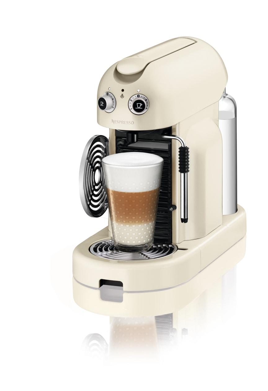 Maestria Krämvit med latte