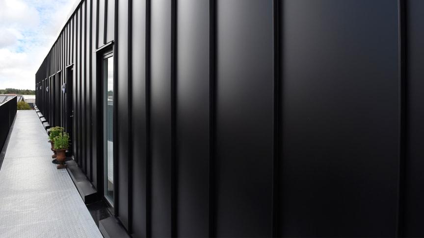 Kliktag på facade i Aabybro