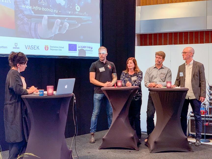 Paneldebatt om digitala möjligheter inom entreprenadbranschen.