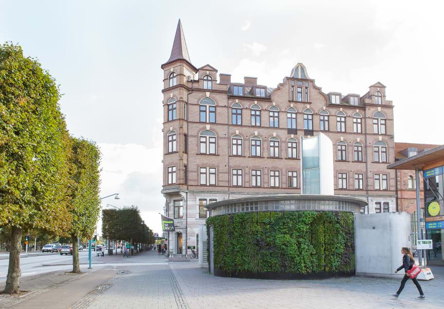 Växtvägg på pumpstation i Helsingborg