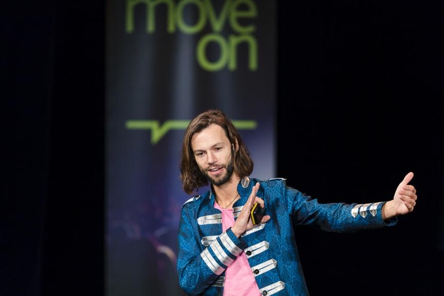 Move On - Gustaf Josefsson Tadaa