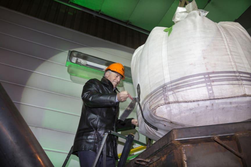 Göran Ernstson inviger BioEndevs nya pilotanläggning