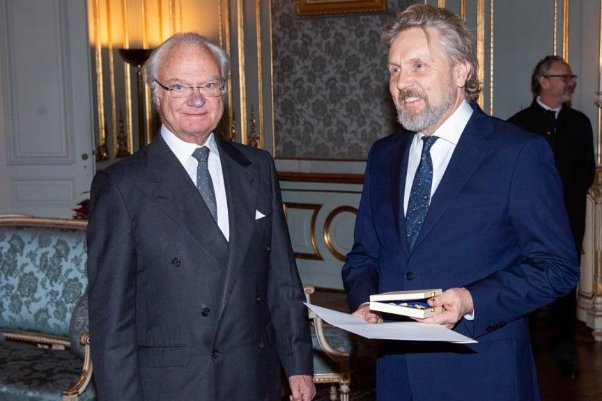 H.M. Konungen och Bengt Isling