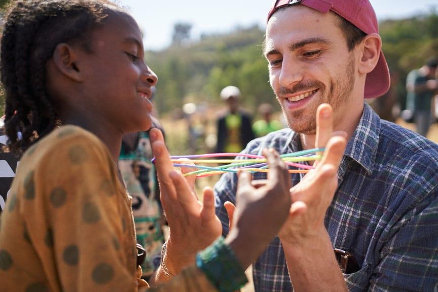 Fynn Kliemann mit Viva con Agua in Äthiopien