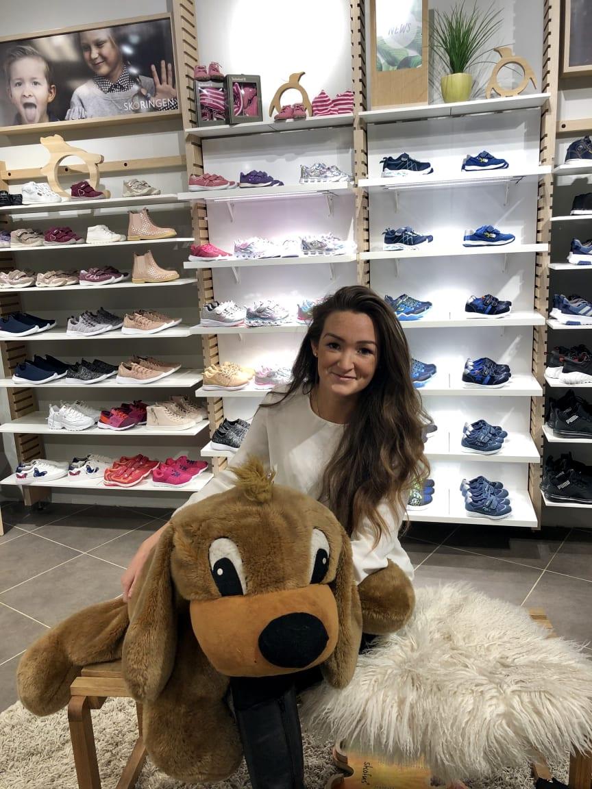Karoline Østerberg begynte som butikksjef i 2015 i Skoringen