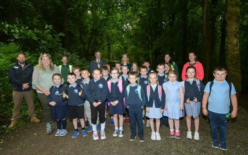 Mayor joined by Jim Marshall of the Forest Service, Lady Dunluce, Council staff and Seaview Primary School