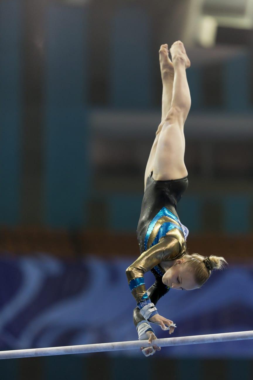 Eskilstunagymnasten Jonna Adlerteg tog EM-silver i barr vid EM i Moskva 2013