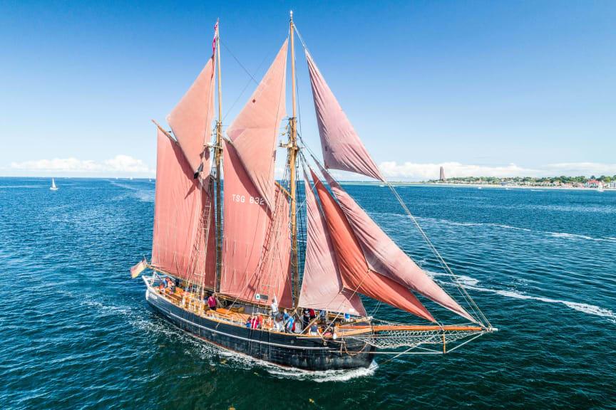 """Traditionsschiff """"Zuversicht"""" auf der Kieler Förde"""