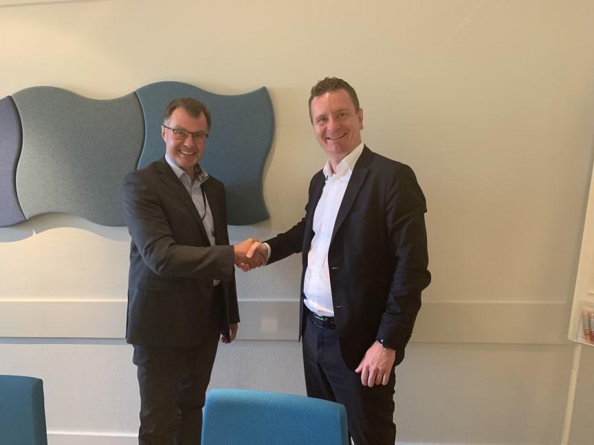 F.v.: Bjørn Georg Hagen, Direktør for avdeling digitalisering og organisasjon i Landbruksdirektoratet og Anders Magnus Braathen, Business Area Manager i Visma Consulting.