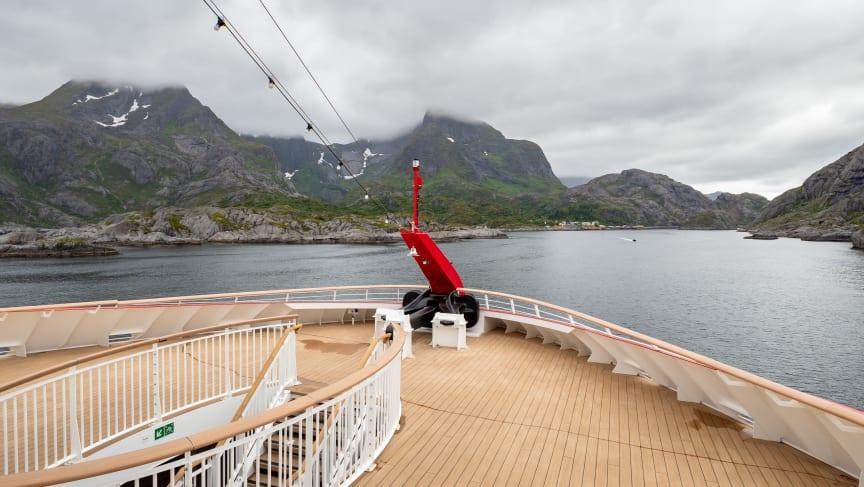 MS Roald Amundsen - Photo credit Hurtigruten _  Espen Mills - 15