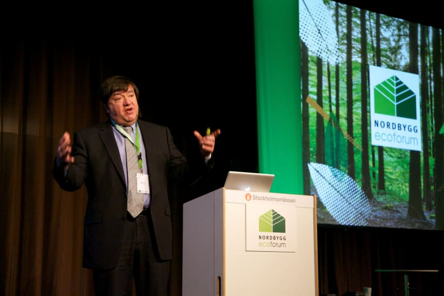 – Vi står inför stora energi- och miljöutmaningar. Det är absolut nödvändigt med en snabbare utveckling och snabbare implementering av gröna innovationer, menade Didier Roux, forsknings- och utvecklingschef på Saint Gobain.