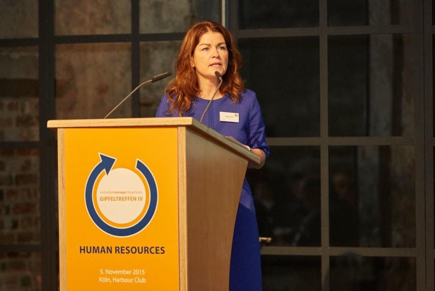 Izabela Danner, Head of Human Resources Germany bei JLL, sorgte für staunende Gesichter.