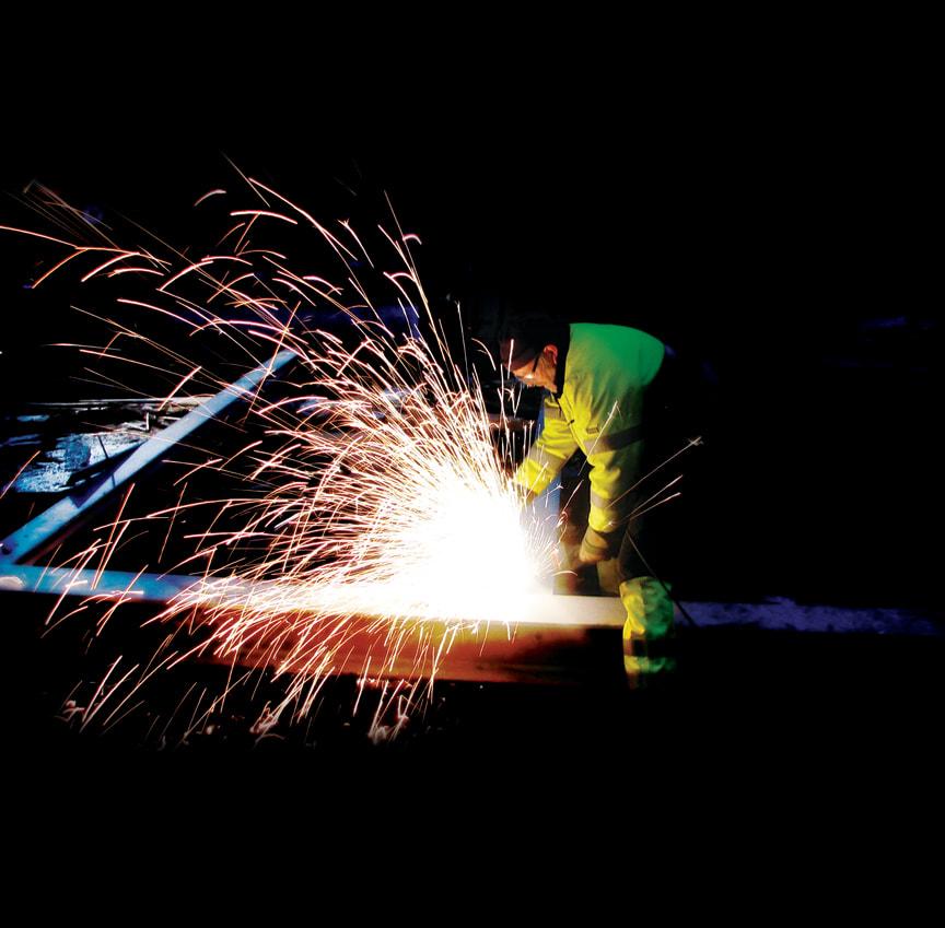Varme-arbeider-vinkelsliper--TRA-01399- Foto_Kim_Johansen.TIF
