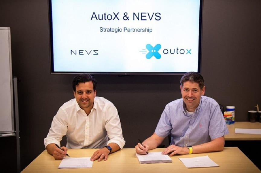 nevs-autox_mou_signing-3-new__1440x0_q75_subsampling-2 (1)