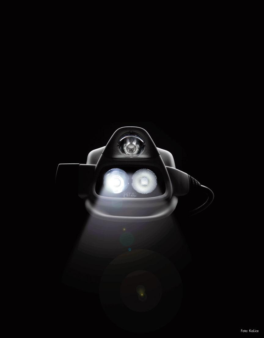 Tredje ögat. Petzl NAO har en sensor som följer dina rörelser.