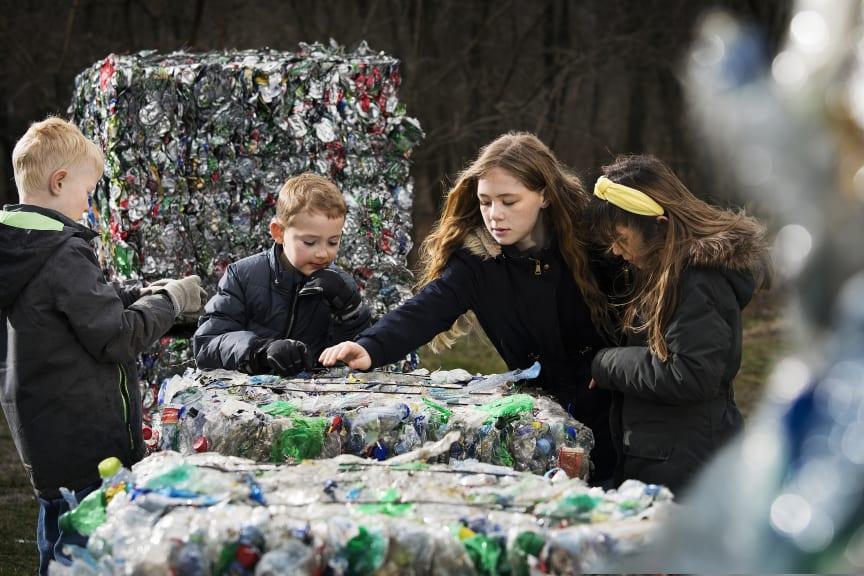 Børn med komprimerede emballager