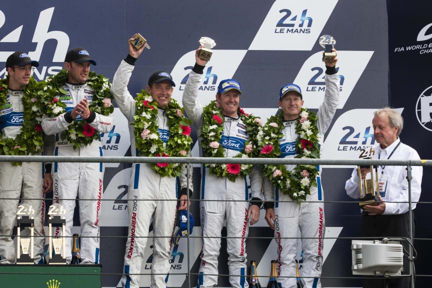 Ford tog både första- och tredjeplatsen vid Le Mans.