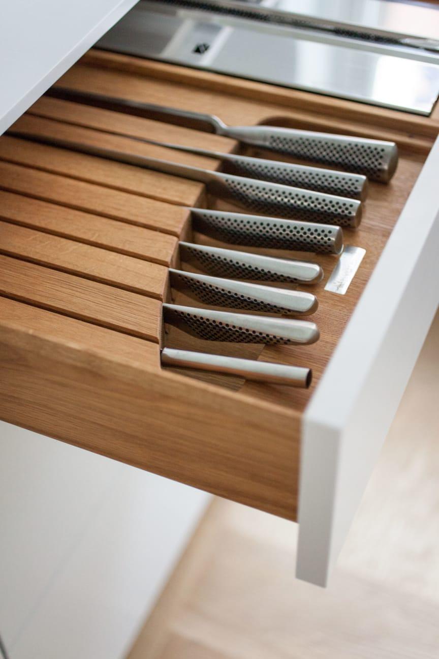 Knivblok og folieholder fra Kvänum