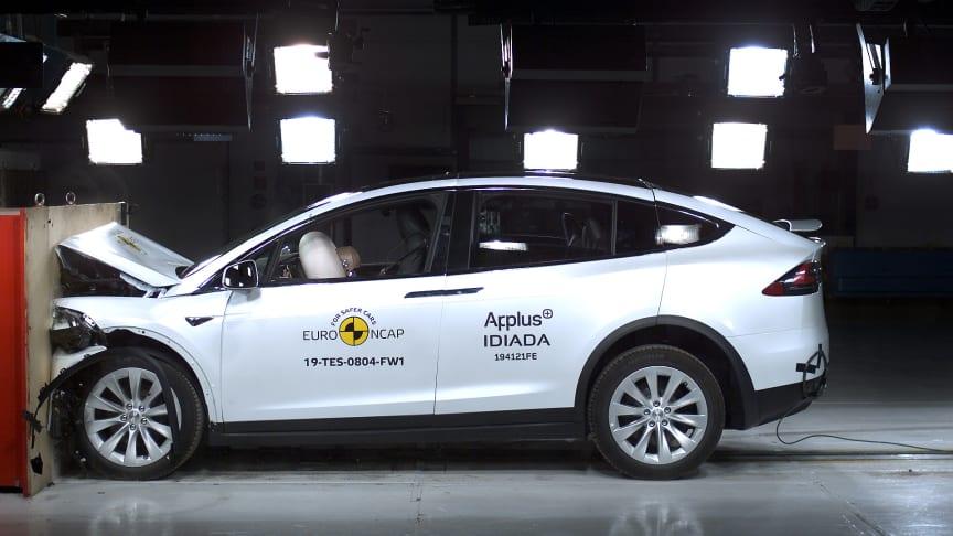 Tesla Model X full width impact test Dec 2019