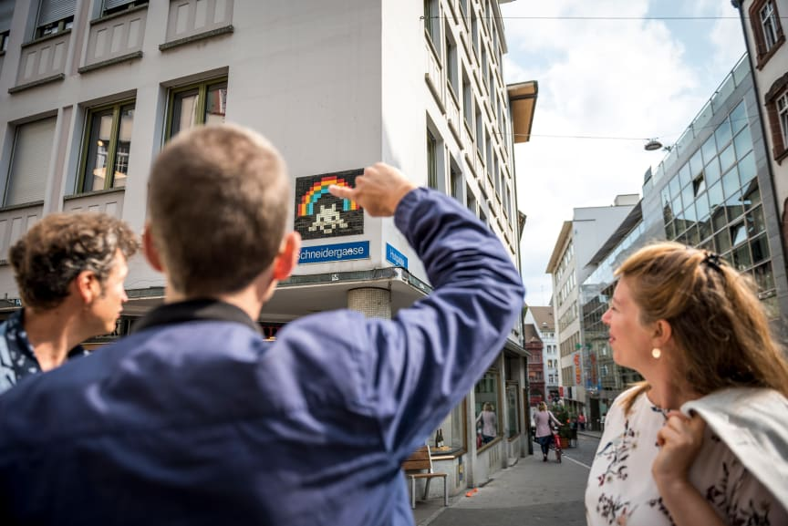 Kurator_Brogli_Kunstwerk_Space_Invader(c)Switzerland Tourism
